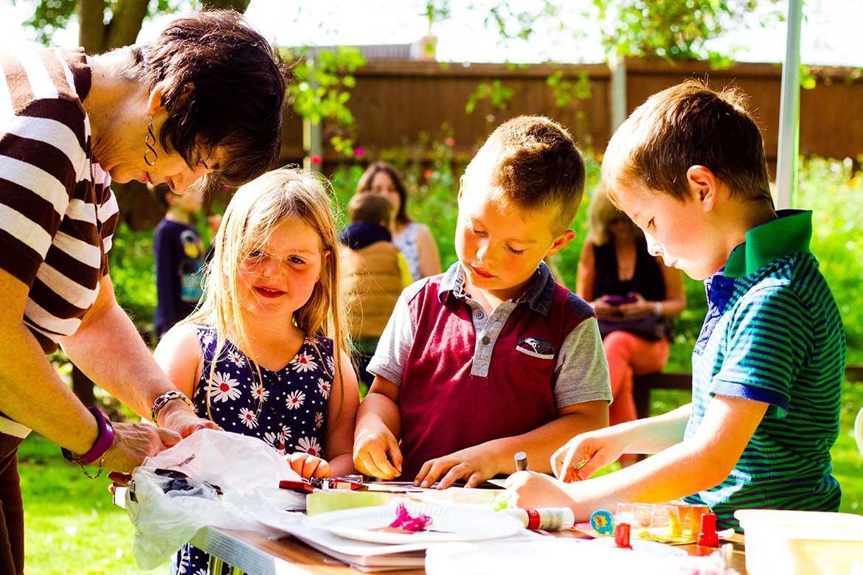 crafting fun - museum garden